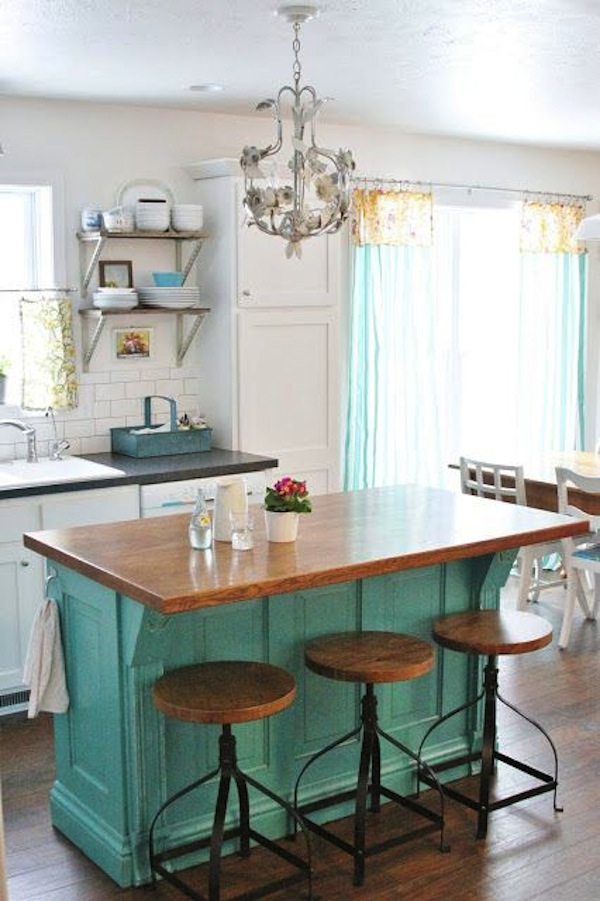 How To Choose The Ideal Barstool For Your Kitchen Island