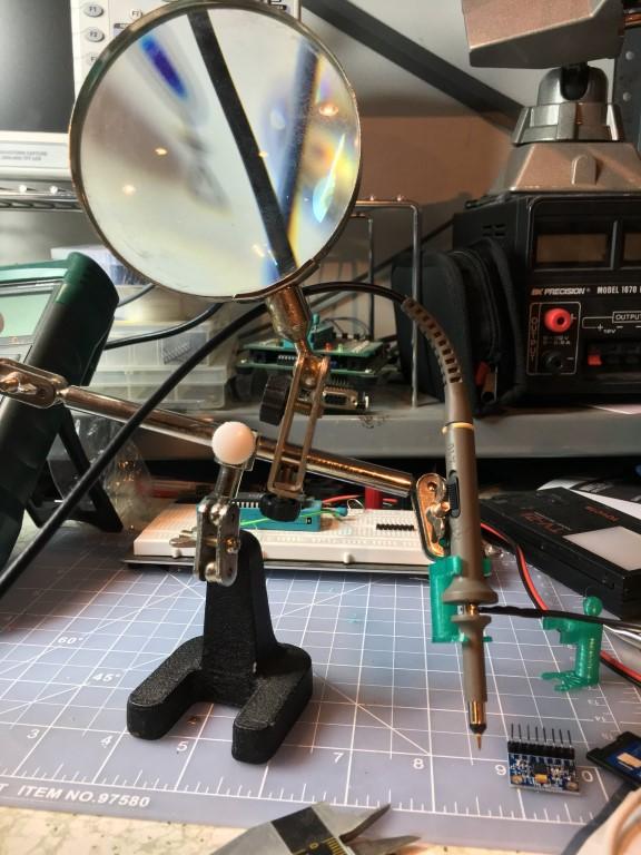 probe-hand1 (Medium)