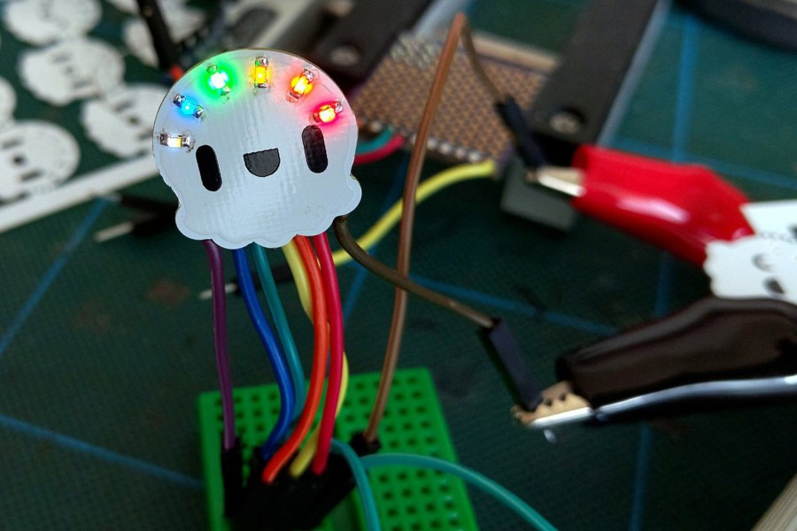 Rainbow Jellyfish Kit Looks Cute, Takes the Guesswork out LEDs