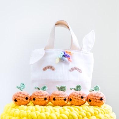 Tiny Rabbit Hole Beary Naise - Chinese New Year Unicorn Kam Tote Bag