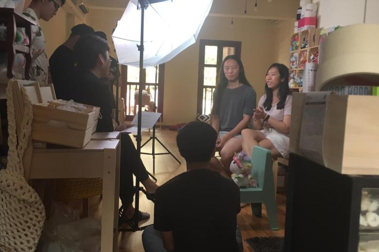 tiny rabbit hole - the good guyde behind the scenes bts video shoot feature amiguruimi crochet workshop singapore beginner best cute unicorn rainbow fun
