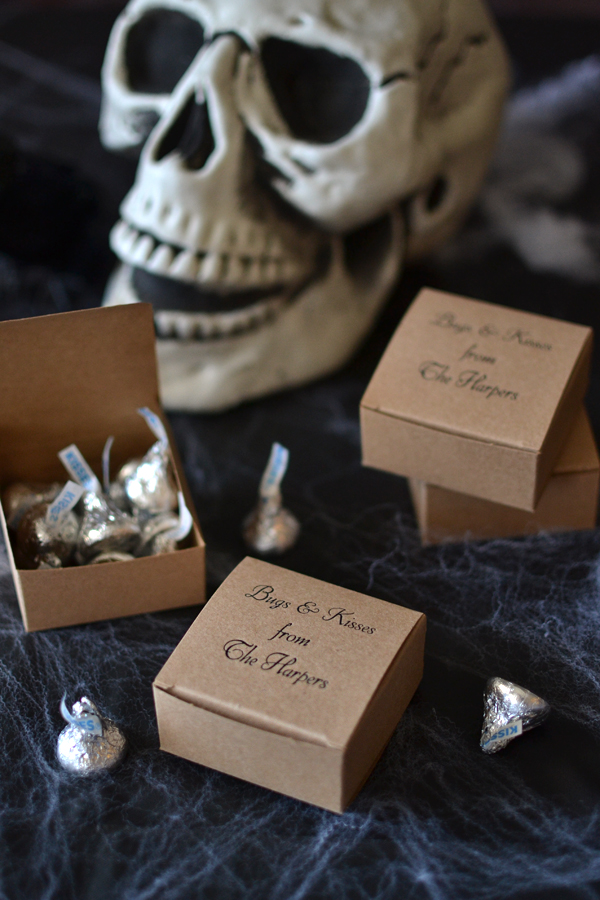 Personalized favor boxes