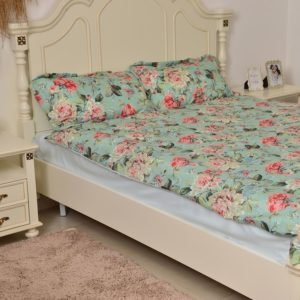 Green and Multi Colour Floral and Leaves Reversible Summer Quilt