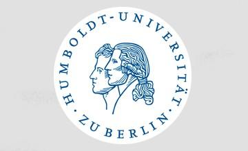 Forscherinnen und Forscher haben beim Deutschen Elektron-Synchroton der Helmholtz-Gemeinschaft (DESY) live beobachtet, wie sich fußballförmige Kohlenstoffmoleküle zu ultraglatten Schichten ordnen. Die Untersuchung an DESYs Forschungslichtquelle PETRA III ermöglicht zusammen mit […]