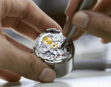 Servicing a mechanical watch