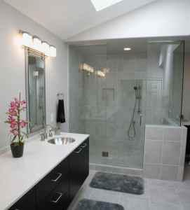 cleanbathroom