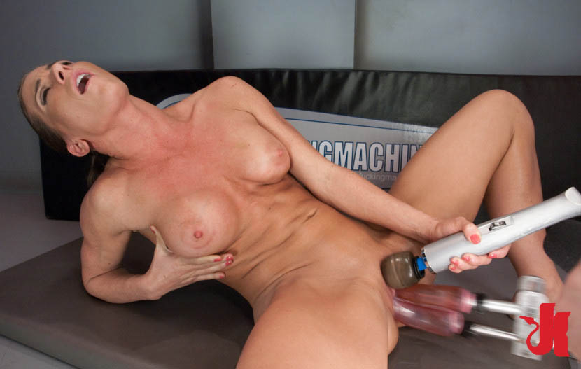 Girl Squirt While Fucking