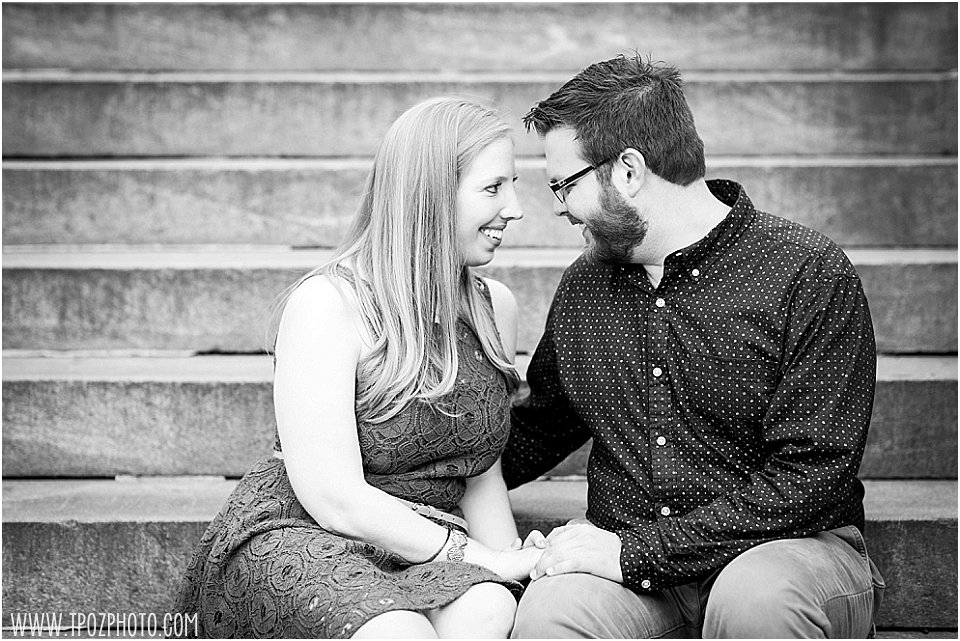 Inner Harbor Engagement Session || tPoz Photography || www.tpozphoto.com
