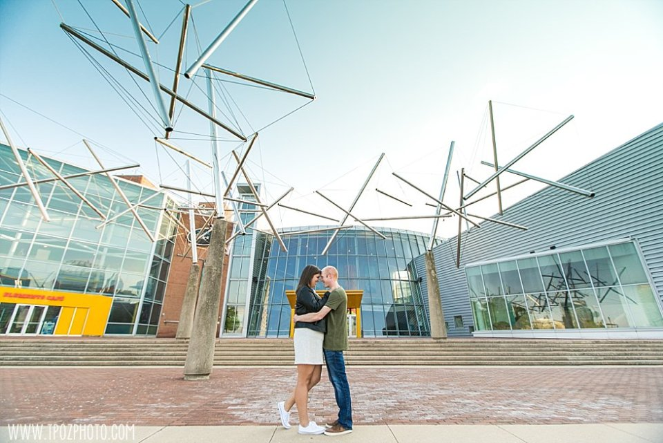 MD Science Center Engagement Photos || tPoz Photography || www.tpozphoto.com