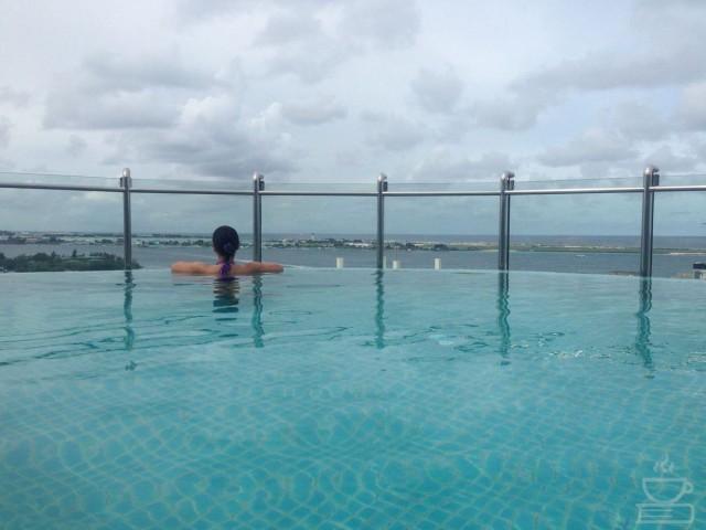 Infinity Pool di Male
