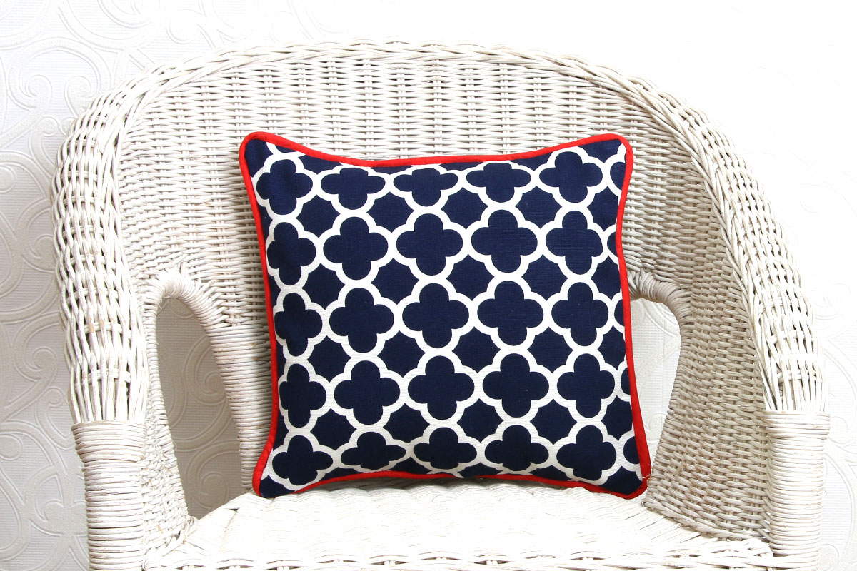how to sew a pillow cover with piping