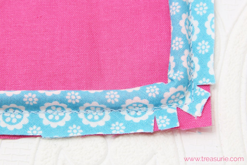 how to sew piping around a corner