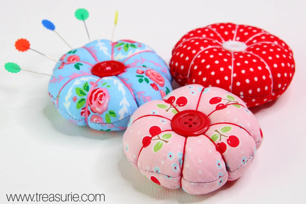 DIY Pin Cushion - Cute Round Pincushion |TREASURIE