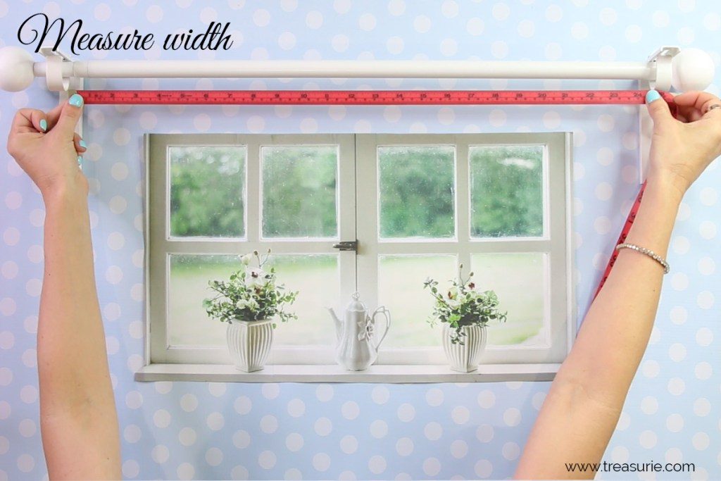 how to measure curtains width