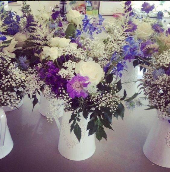 Wedding with Jugs white and purple