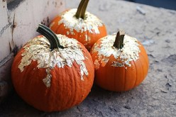 diy-gold-leaf-pumpkins
