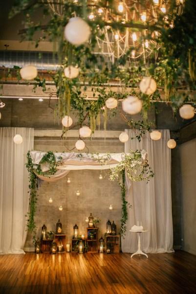 Ruffled - photo by http://emilywrenweddings.com/ - http://ruffledblog.com/front-palmer-philadelphia-wedding/