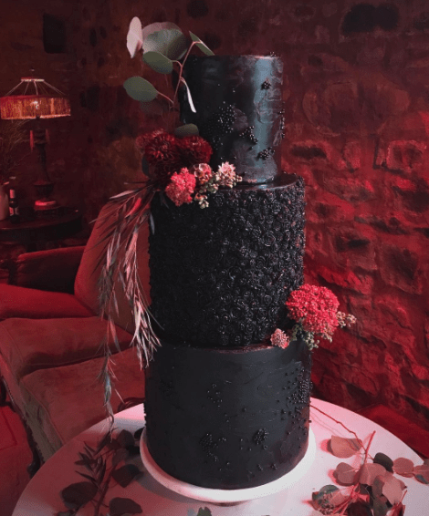 Wedding Cake Black 3