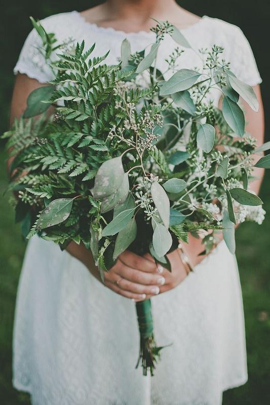 27-darling-greenery-wedding-bouquets-4