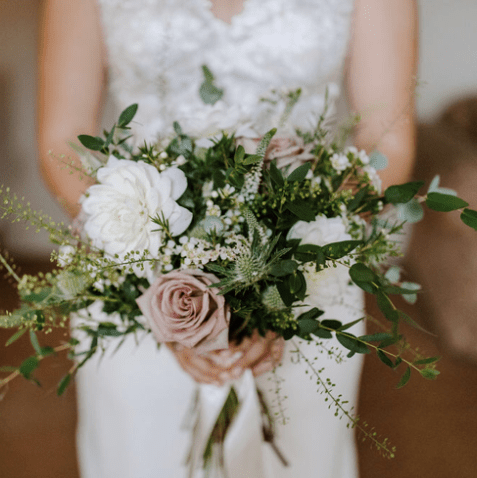 First-hand experience on how Anya and Hayden DIY'ed their wedding flowers