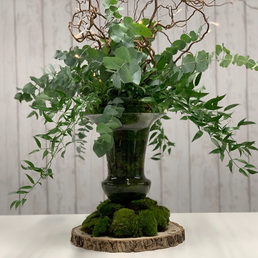 Find our Step by step tutorial on how to create your own greenery centrepiece with Triangle Nursery
