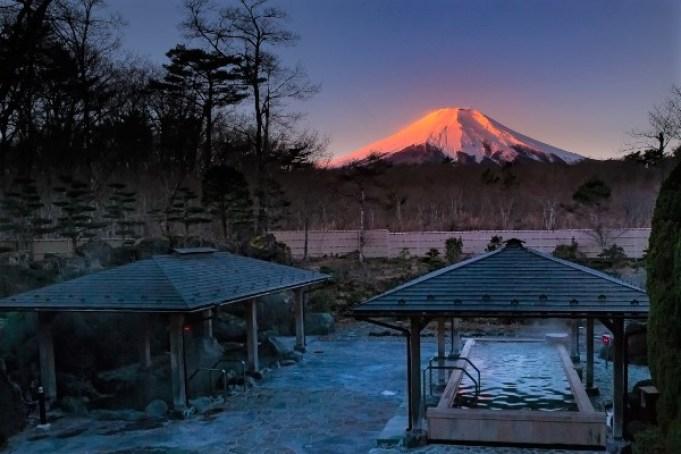富士山登山住宿-山中湖温泉 紅富士の湯