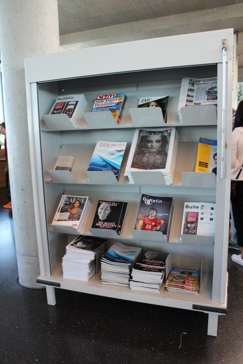 Zurich Airport (ZRH) E52 Magazine Rack