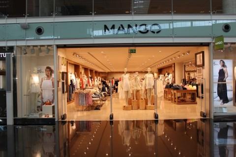 Mango at Barcelona Airport