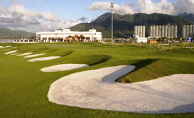SkyCity Nine Eagles Golf Course - one of the best long layover airports for fitness