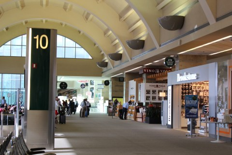 Vino Volo - John Wayne Airport