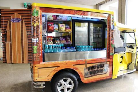 Wiki Wiki HNL - airport food trucks example - courtesy of HMS Host