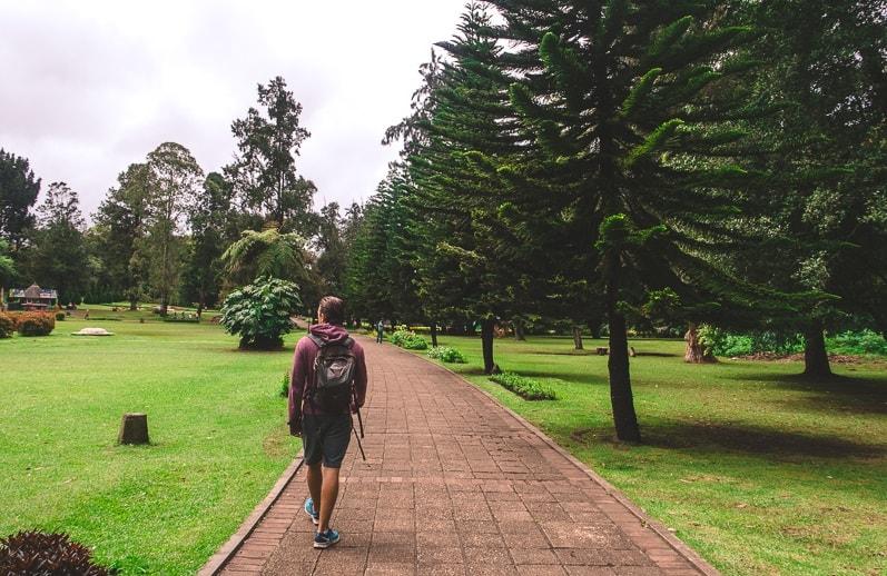 Walking around in The Victoria Park in Nuwara Eliya