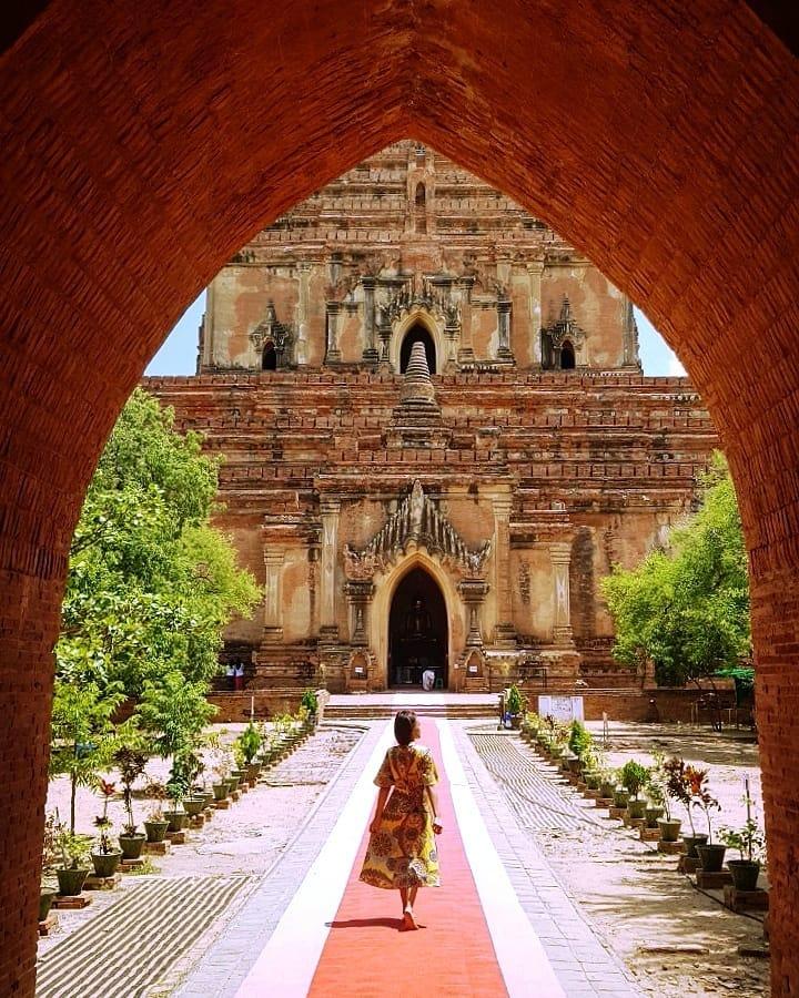 Seni bina lama di Bagan
