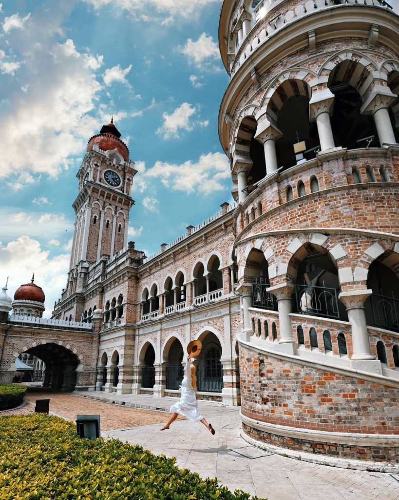 One of the most important tourist attractions in peninsular Malaysia and a historical landmark in the city.
