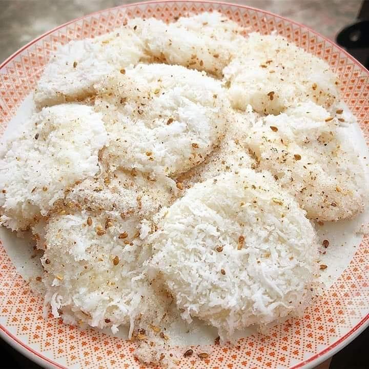 Halal Filipino Desserts: Palitaw