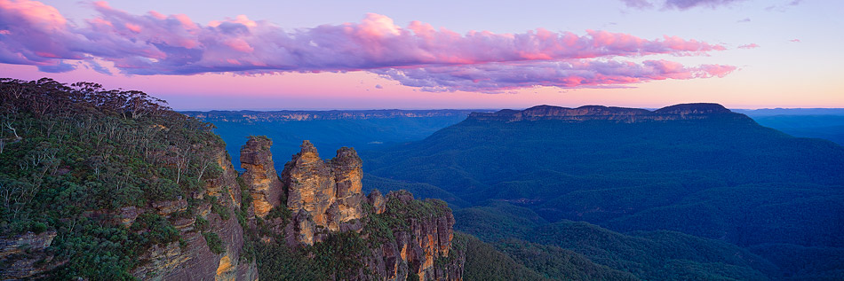 The Three Sisters is one of the top 10 things to do in Sydney