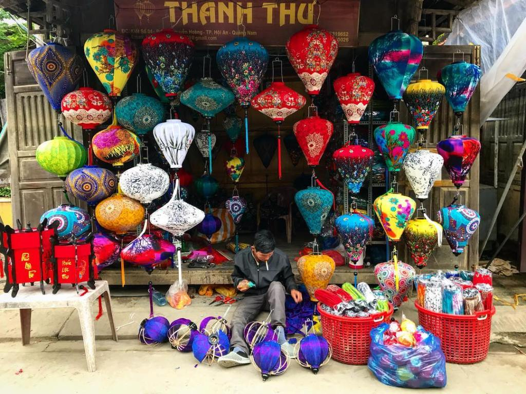 The colourful lanterns play a crucial part in the aesthetics of the town