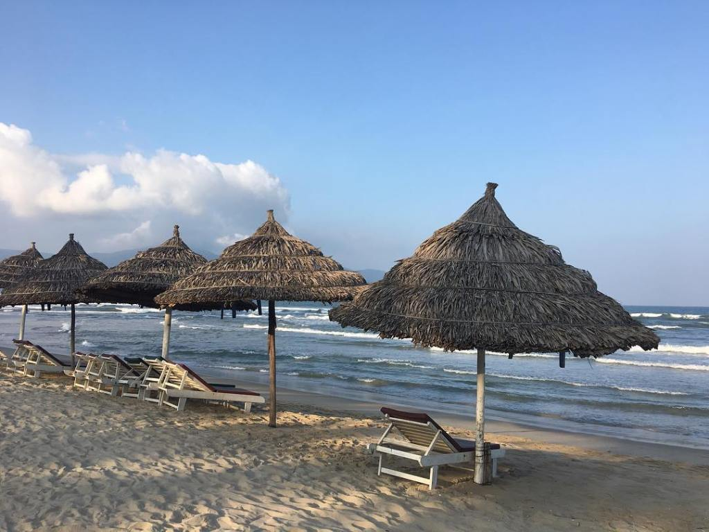 Things to Do and Eat in Da-Nang for Muslims Travellers, My Khe Beach