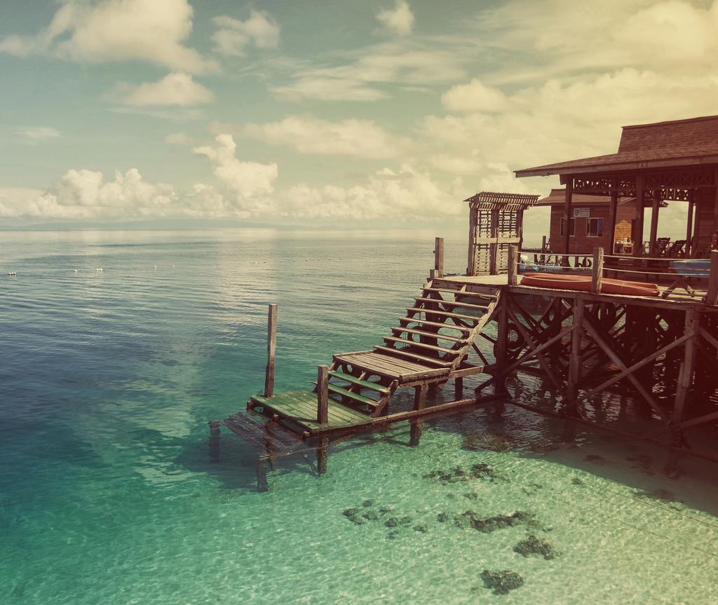 Resort ini juga merupakan tempat pemuliharaan penyu