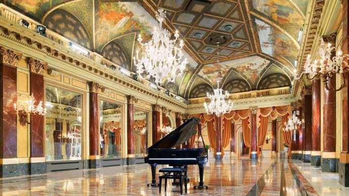 St. Regis Rome 的 Ritz Ballroom 是古典雅緻的婚禮會場不二選擇