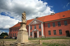 Lidzbark Warmiński - przedzamcze - pałac