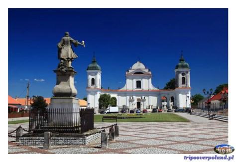 Rynek i Kościół Świętej Trójcy w Tykocinie