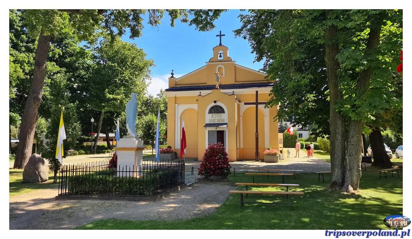 Zespół pałacowo-parkowy w Młochowie
