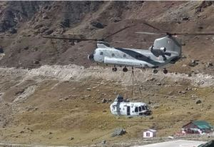 Indian Army's Chinook Helicopter To Deliver Heavy Machinery From Gauchar Airstrip To Kedarnath Dham