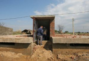 Indian Army makes modern community bunkers amidst ceasefire by Pakistan