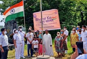 People Join Indian Navy In Hoisting National Flag After Earlier Opposition