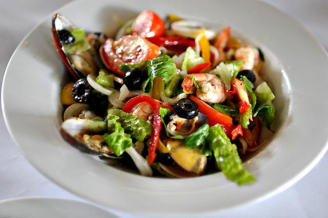 Mediterranean diet may improve mental health