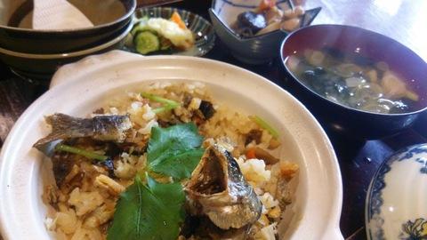 岩魚の炊き込みご飯