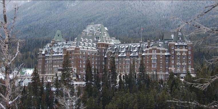 103113-fairmont-banff-springs-hotel-for-halloween