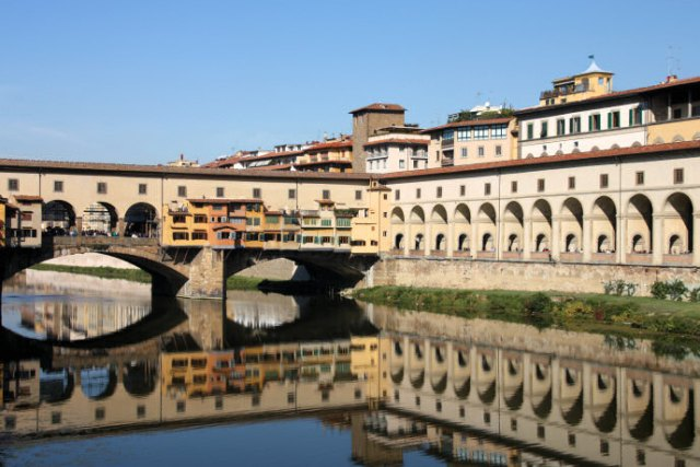 01 Ponte Vecchio and the Vasari Corridor